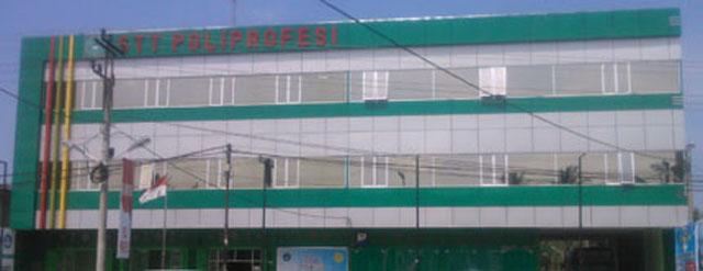 composite panel untuk bangunan 3 lantai dengan fantasi