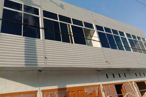 Jendela kaca geser bingkai aluminium
