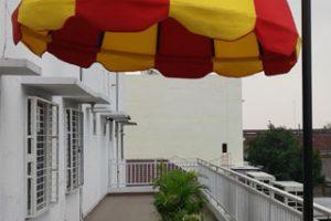 canopy kain bentuk payung, kain warna kuning (RC 554) dan merah (RC 176)